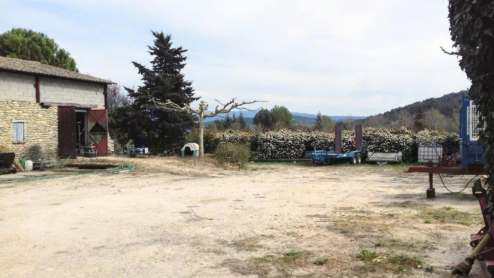Aire camping-car à Gordes (84220) - Photo 4
